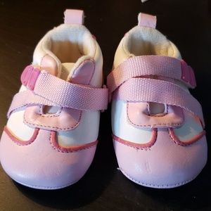 Children's Place baby girl shoes 0-6mth